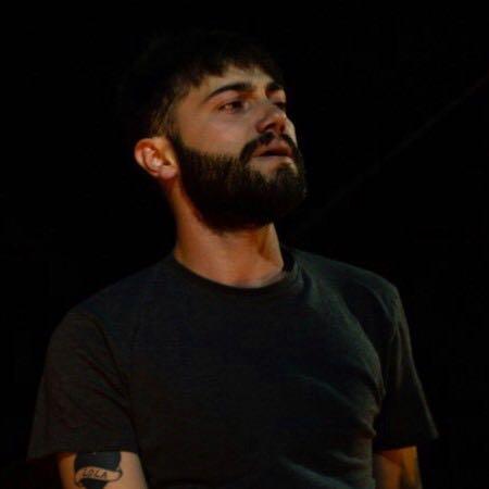 El rapero onubense 'Yonse', junto a 'Love of Lesbian' en Sevilla