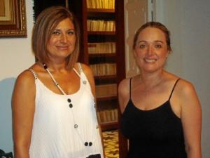 Lejos de la imagen que tenemos del escritor, María José y Pepi han comprobado que Juan Ramón ayudaba mucho a Zenobia en casa.