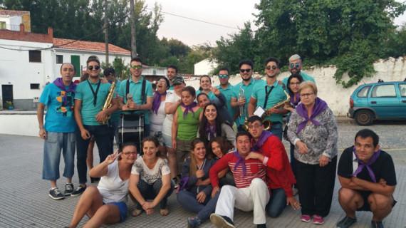 Unas 200 personas usuarias de la Asociación Paz y Bien disfrutan de vacaciones en la Sierra de Aracena