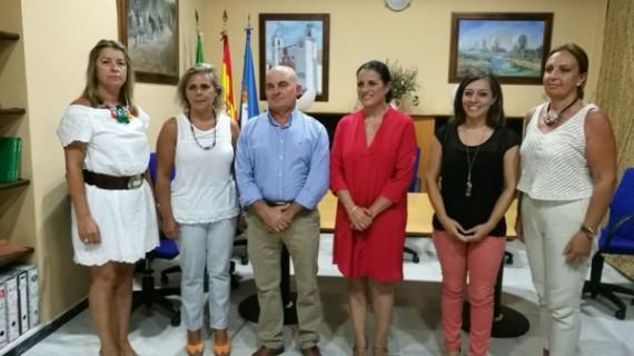 El Ayuntamiento de Almonte cede sedes a la Asociación de Propietarios de Matalascañas y la de Vecinos de El Rocío