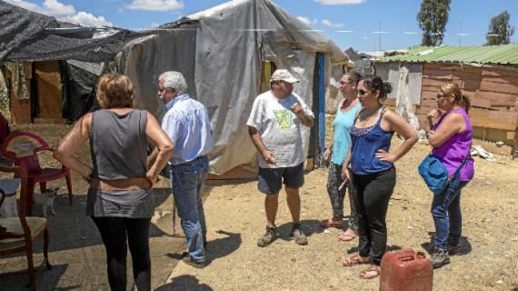 Realizan encuestas a los residentes en el asentamiento de Las Metas de cara a su reinserción sociolaboral