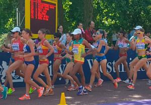 Primeros compases de la prueba de los 20 Kms. marcha con Laura García-Caro en los puestos de cabeza. / Foto: @atletismoRFEA.
