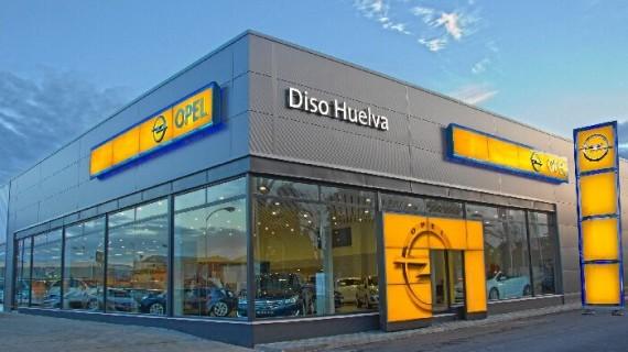 Entre la tradición y la vanguardia, Opel goza de la fidelidad de miles de conductores en Huelva