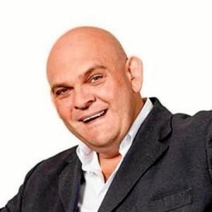 El humor de Luis Lara llegará a la Caseta Popular el sábado 26 de agosto.