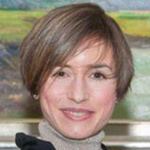La profesora onubense Virginia Cortijo, reconocida como 'Académico Excepcional' en el prestigioso Stonehill College de Massachusetts