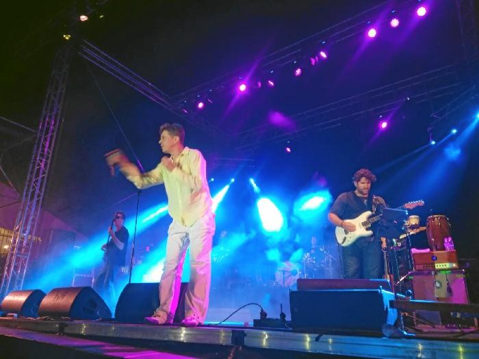 Danza invisible, durante su concierto en Aracena.