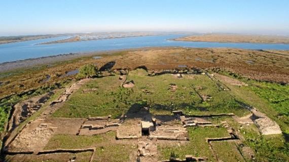 Agentes de Medio Ambiente investigan una doble denuncia por un presunto expolio arqueológico en Marismas del Odiel
