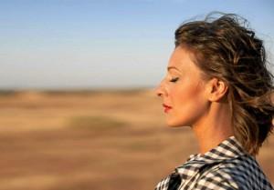 La cantante ofrece este jueves un concierto en acústico en el Gran Teatro de Huelva.