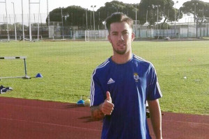 El nuevo jugador recreativista ya se ha ejercitado a las órdenes de Casquero / Foto: Recreativo de Huelva