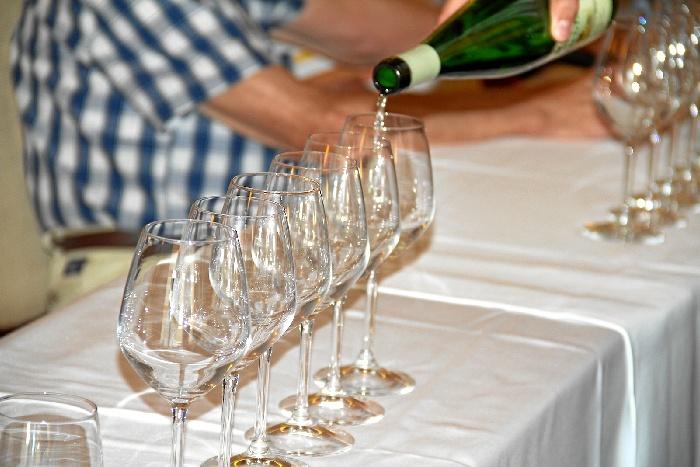Convocado un concurso de micro-relatos del vino para Huelva y Sevilla