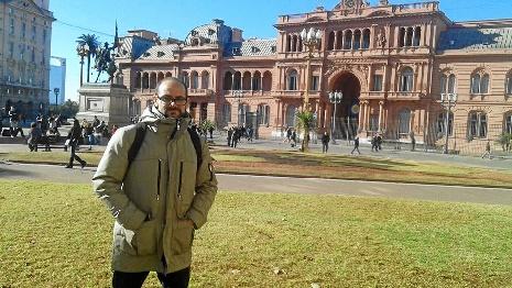 Manuel Talamante logra su sueño de ser profesor universitario en Francia tras un concienzudo periplo por Toulouse y Uruguay
