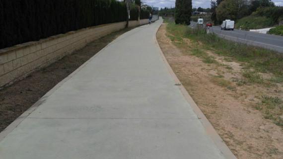 Cartaya construye el primer tramo del carril bici entre el parque acuático y El Rompido