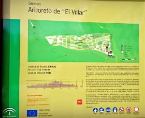 Hay un sendero de seis kilómetros que recorre las diferentes parcelas. / Foto: bonares.es