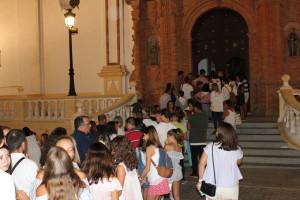 Colas para subir a la torre de la Iglesia parroquial de La Palma.
