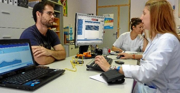 El Juan Ramón Jiménez aumenta la actividad este verano con un 13% más de consultas y un 8% de pruebas diagnósticas