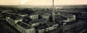 Antigua fábrica de La Colonial, en 1895.