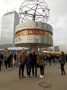 Damián, con su familia en una visita a Berlín.