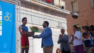 El coruñés Uxio Abuín protagonizó una soberbia remontada para acabar tercero. / Foto: @TRIATLONSP.