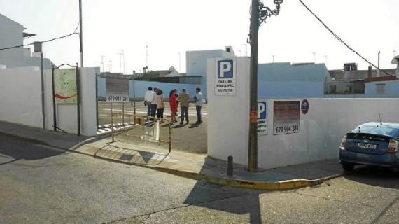 Almonte construye un parking público gratuito en pleno centro