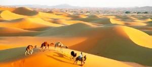 Una bella imagen de Merzouga, lugar de destino de Antonio Ramírez Almanza estos días que refleja en el libro. / Foto: Guía de Marruecos.