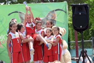 Escuela municipal de baloncesto de Hinojos.