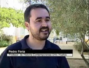 Pedro ha desarrollado a lo largo de su vida una intensa actividad investigadora y docente. / En la imagen, participando hace años en un programa de Cuatro.