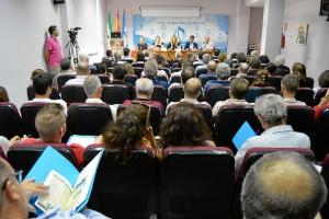 2.Casi un centenar de participantes se dan cita estos días en San Juan del Puerto y Moguer, sedes de este congreso.
