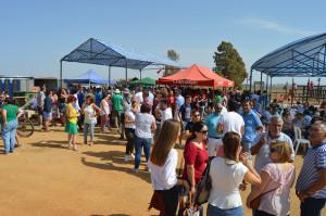 5.Cientos de personas congregadas en uno de las zonas más emblemáticas del municipio.