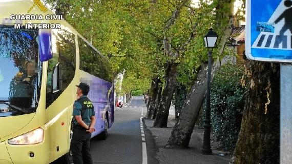 Detenido un varón que robaba el gasoil a autobuses de transporte escolar