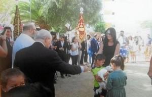 Un momento de la bendición de animales celebrada en la barriada de Pérez Cubillas.