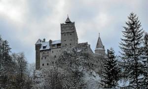 El castillo del conde Drácula en Transilvania recibe miles de visitas cada año. / Foto: viajes-rumania.com
