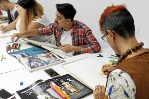 Emd ofrece una formación de dos años en Diseño de Moda.