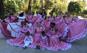 Foto grupo de baile Colombia.