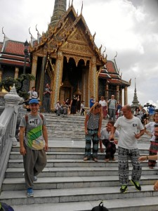Nos confiesa que está viviendo una experiencia muy enriquecedora a nivel personal. En la imagen, en el Gran Palacio Real, en Bangkok.