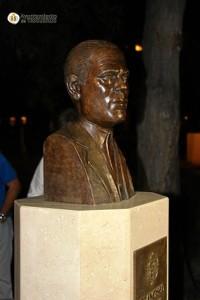 Busto en homenaje a Francisco Garrido Pérez 'El Sastre'.