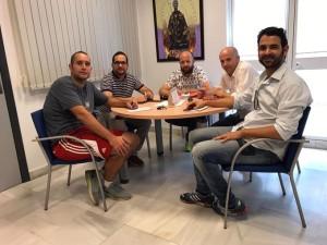 De izquierda a derecha, Antonio Abad García, el concejal de Turismo Manuel J. Morano, David y Daniel Segura y Pablo Cáceres.