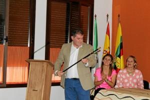 Gilberto Domínguez toma posesión como nuevo alcalde de Jabugo.