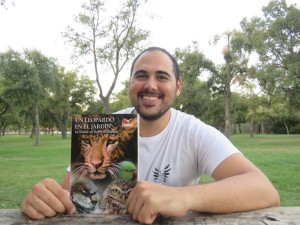 Álvaro Luna es el autor de 'Un leopardo en mi jardín'.