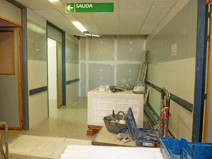 El Hospital Juan Ramón Jiménez ha iniciado la segunda fase de las obras de adecuación de espacios para la implantación de una Unidad de Cuidados Intermedios (UCIN).