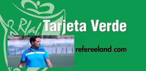 Tarjeta verde de la deportividad para el técnico albiazul, Paco Pichardo. / Foto: www.rfaf.es.