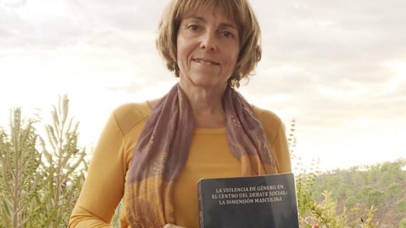 La doctora María José Cortil incide en la visión masculina de la violencia de género con la finalidad de erradicar esta lacra social
