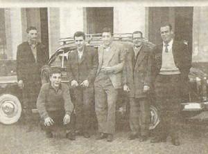 Grupo de taxistas en 1955.