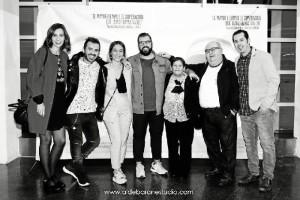 Santiago, con parte del equipo de la película, durante la premier.