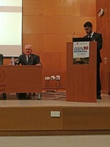 El primer conferenciante, Antonio Castillo de la Corte.