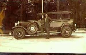 Un célebre taxista onubense, el gran cantaor Paco Isidro.