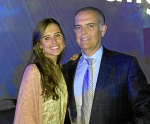 Leire, junto a su padre, el Dr. Fernando Boccio, quien le recomendó que estudiara en la Complutense de Madrid.