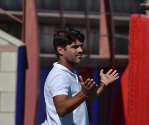 Derrota del equipo de Aurelio Santos en el campo del Chiclana Industrial. / Foto: David Limón.