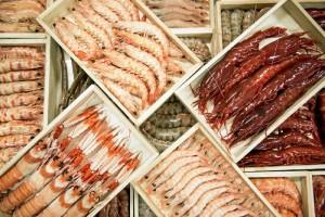 SaboreaHuelva pone a disposición del cliente el variado marisco de Huelva: gamba blanca, langostino, tanto tigre como nacional, cigala, carabinero, gamba roja, bocas y cuerpos de cangrejos y mariscadas.