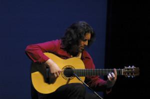 El guitarrista José Luis de la Paz.
