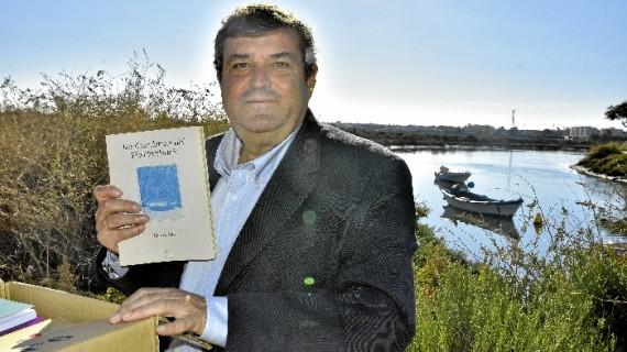 Las publicaciones de Poetas del Guadiana despiertan el interés del catedrático de UHU Francisco José Martínez